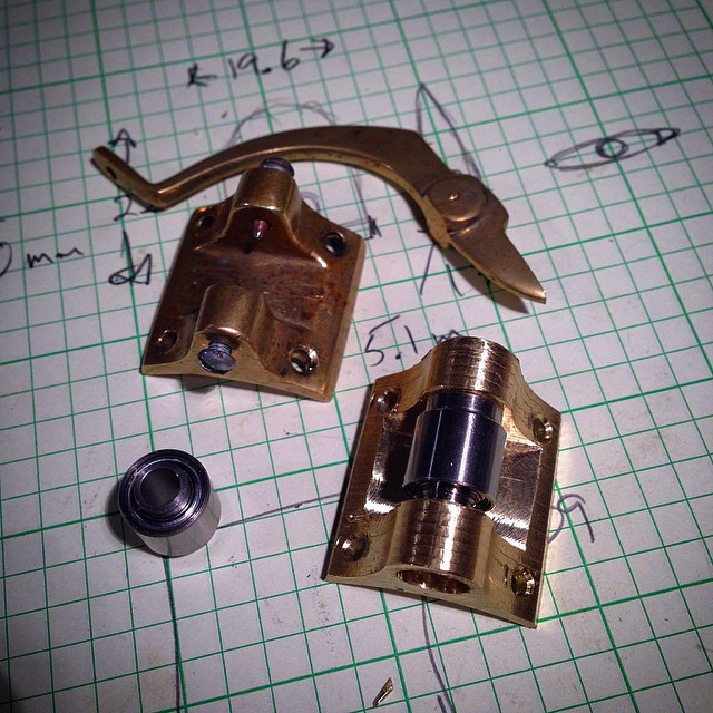 The new bridge pivot for @meredithyayanos Strohl Violin. It uses the bearing from a computer hard drive instead of pinching pointy screws.