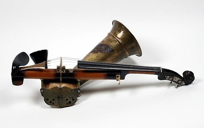 Stroh Violin (2)