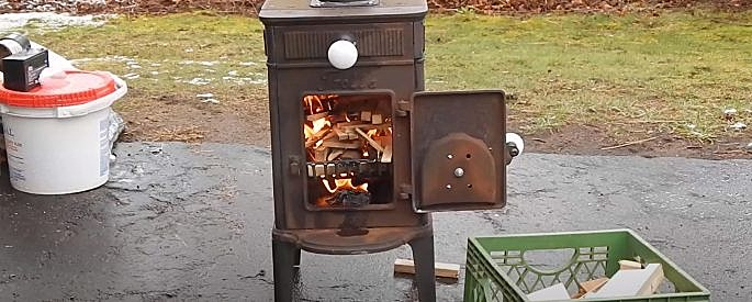 tiny house stove