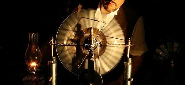 Jake-von-slatt-wimshurst-machine