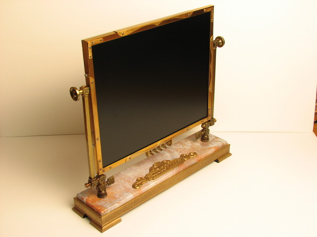 side view of the steampunk monitor