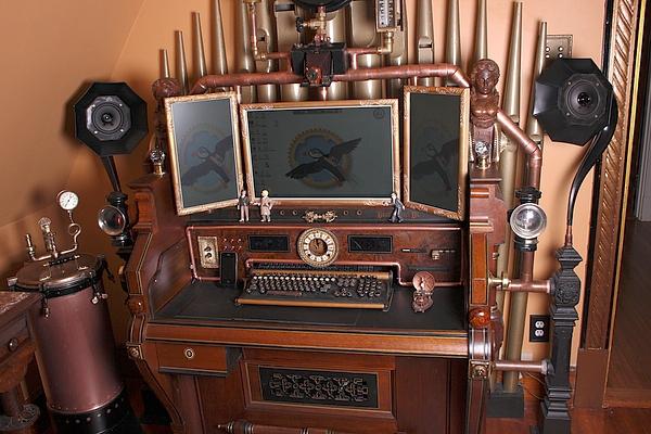[http://steampunkworkshop.com/sites/default/files/images/Steampunk-organ-cockpit-desk%20(3).JPG]