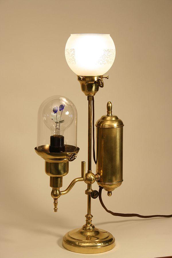 d-lyras-lamp