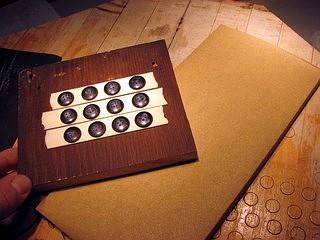 button fixture