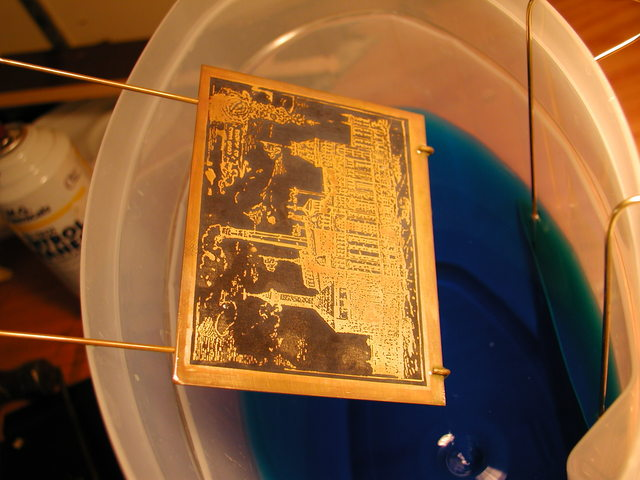 etching plate in copper sulfate solution