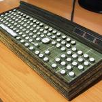 Wooden Steampunk Keyboard Mod